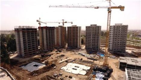 Adana Yüreğir'de sosyal konut inşaatı devam ediyor