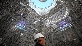 Çamlıca Camisi'nin, 350 bin metreküplük çelik iskelesi sökülüyor