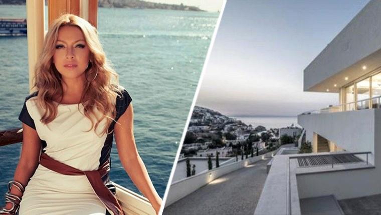 Ünlü şarkıcı Hadise, Türkiye'deki ilk evini Bodrum'dan aldı
