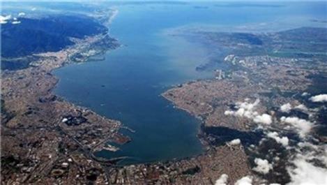 İzmir Körfezi'ne 12 firmadan teklif geldi