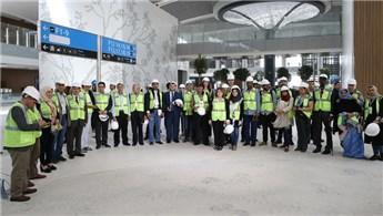 Arap gazetecilerden 3. Havalimanı'na ziyaret!