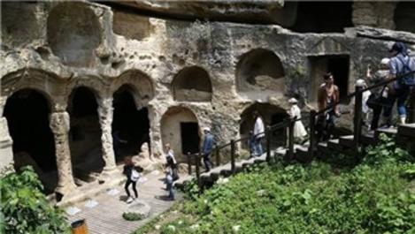 Bin esirin yaptığı 'Titus Tüneli' gezginlerin yeni gözdesi!