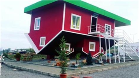 Antalya'daki 'Ters Ev' büyük ilgi görüyor