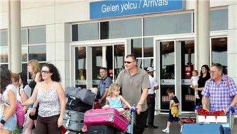 Antalya'ya gelen turist sayısı 2 milyonu aştı