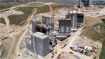 Örnek kentsel dönüşüm projesinde binalar yükseliyor