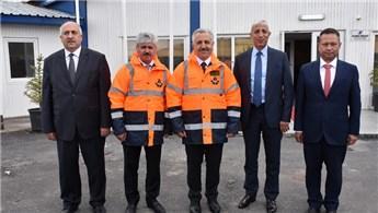 Ahmet Arslan: '81 ilde bölünmüş yollar yapıyoruz'