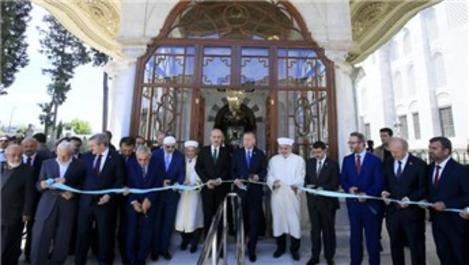 Cumhurbaşkanı Erdoğan, Fatih Sultan Mehmet'in türbesini açtı