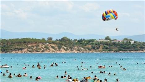 Ege sahilleri turizm sezonuna hızlı girdi