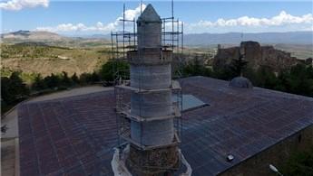 """Pisa Kulesi'nden daha eğik """"Eğri Minare""""de restorasyon bitti"""