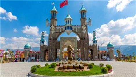 Millet Bahçesi'ne dünyanın büyük tema parklarından biri yapılacak