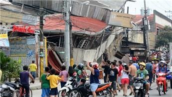 Filipinler'de 5,5 büyüklüğünde deprem!