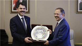 Murat Kurum, bakanlık görevini Mehmet Özhaseki'den devraldı