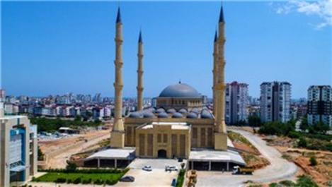 15 bin kişilik Akdeniz Üniversitesi Camisi yıl sonunda açılacak