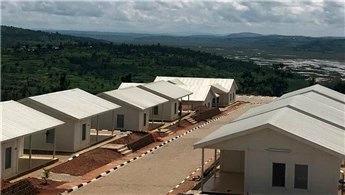Vekon, Ruanda'da sosyal tesis binaları inşa etti