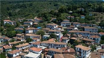 İzmir'in Şirince Köyü'ne yılda 1,5 milyon turist geliyor