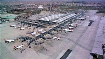 Atatürk Havalimanı'ndan yolcu taşıma rekoru!