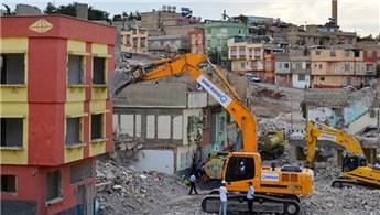 İzmir Karabağlar'da 13 mahalleye kentsel dönüşüm müjdesi!