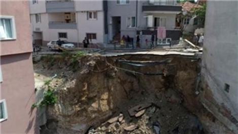 Bursa'da inşaat kazısında toprak kayması yaşandı