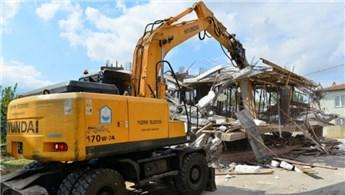 Yıldırım'da kaçak binalar tek tek yıkılıyor