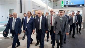 Bakan Turhan'dan, İstanbul Yeni Havalimanı açıklaması!