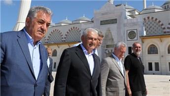 TBMM Başkanı Binali Yıldırım, Çamlıca Camisi inşaatını inceledi