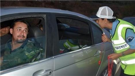 Polisten sürücülere ücretsiz yemek ve konaklama imkanı