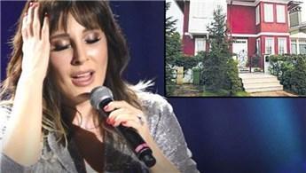Funda Arar sahnedeyken villasında yangın çıktı!