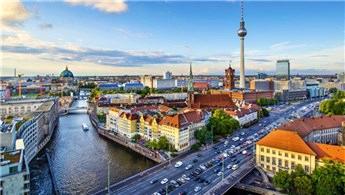 Berlin'de yabancılara konut satışına kısıtlama geliyor