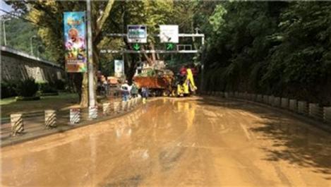 Sel nedeniyle kapanan Sarıyer Tüneli trafiğe açıldı