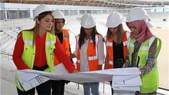Yeni Ordu Stadı'nın inşaatına kadın eli değdi
