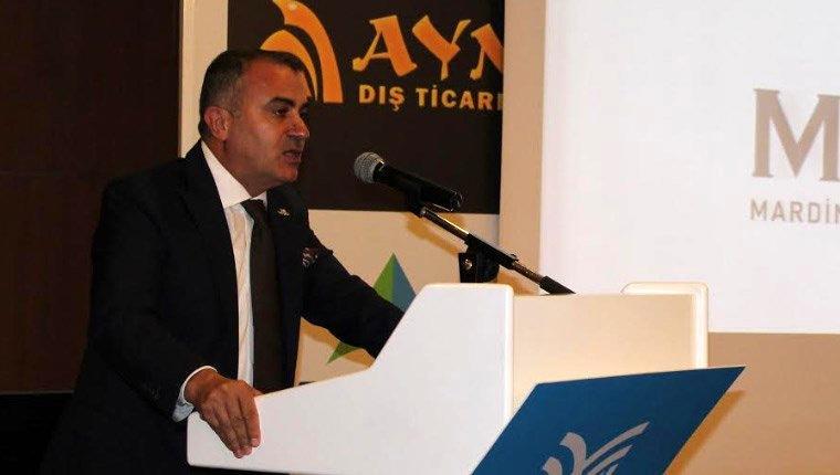 """""""Türkiye ekonomisi büyümesine hız kesmeden devam edecek"""""""