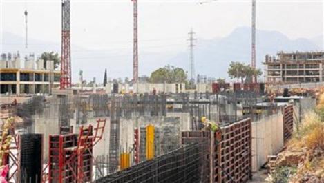 Antalya, kentsel dönüşümle yenileniyor