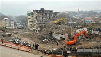 Kentsel dönüşümde anlaşma sağlanan yapılar yıkılıyor