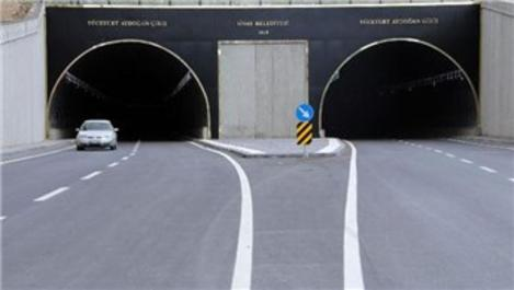 Sivas'ta trafiği rahatlatacak Mevlana Tüneli açıldı