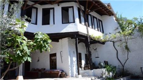 Mostar'ın asırlık Osmanlı konakları mimarisiyle hayran bırakıyor