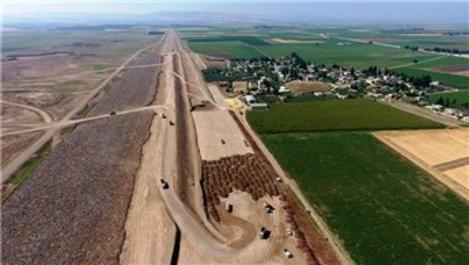 Reyhanlı Barajı inşaatında kontrollü patlatma yapıldı