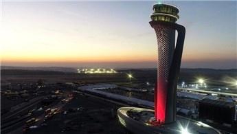 'Uzakdoğu İstanbul uçuşu için sıra bekliyor'