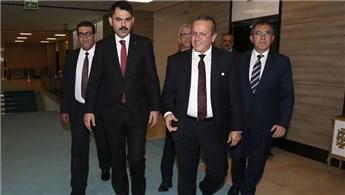 Bakan Kurum, KKTC'li mevkidaşı Ataoğlu ile görüştü