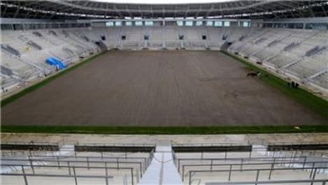 Yeni Ordu Stadı'nda çim serme işlemine başlandı