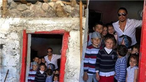 Nusret Gökçe, doğduğu evin fotoğrafını paylaştı