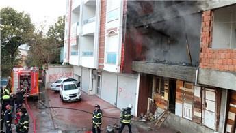 Kocaeli'de inşaat halindeki binada yangın