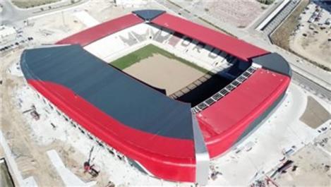 Çorum'un 15 bin kişilik yeni stadına yerli çim!
