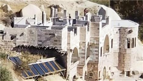 Kapadokya'da sahte tabela ile 3 kaçak kat çıktılar