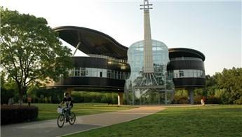 İlginç mimariye sahip binalar, şehrin tanıtımına katkı sağlıyor