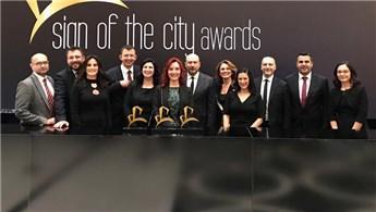 Tahincioğlu, Sign Of The City Awards'da 3 ödül aldı
