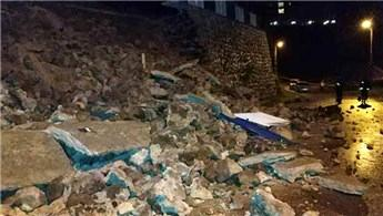 Samsun'da istinat duvarı çöktü