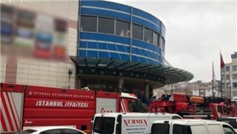 Güngören'de AVM'nin spor salonunda yangın