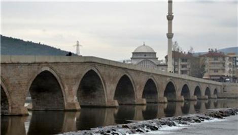 Çorum'daki 5 asırlık Koyunbaba Köprüsü restore edildi