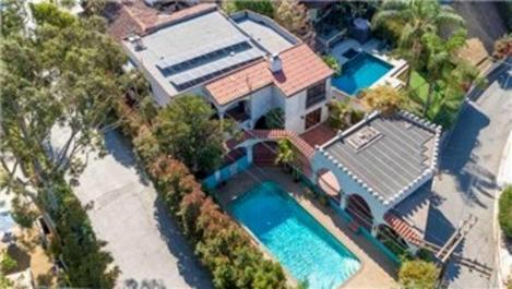 Leonardo DiCaprio, evini satışa çıkardı!