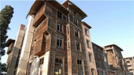 'Deprem anında ahşap binada olmak daha güvenli'